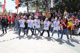 Bolu'da, 1 Mayıs Emek ve Dayanışma Günü coşkuyla kutlandı