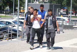 Bolu'da esrarla yakalanan 2 kişi tutuklandı
