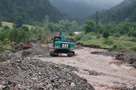 Bolu'da, sel sonrası çalışmalar devam ediyor