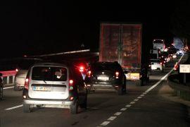 Bolu'da, tatilciler trafikte yoğunluğa neden oldu