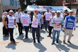 Bolu Belediyesi'nde işten çıkarılan işçiler eylemlerinin 100'üncü gününde