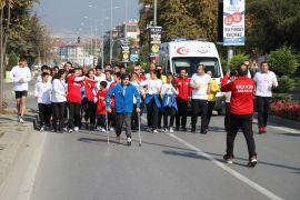 Farkındalık Koşusu'na katılan sporcular Bolu'ya ulaştı