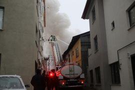 Bolu'da, çatı katında çıkan yangında ev kullanılamaz hale geldi