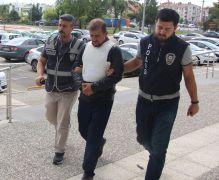 Oğlunu bıçaklayan babaya 3 yıl 6 ay hapis