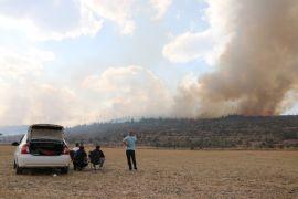 Bolu'da orman yangınına müdahale sürüyor