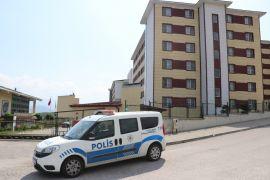 Karantinaya uymayan 2 kişi öğrenci yurduna yerleştirildi