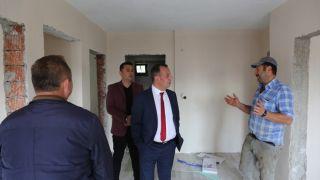 Bolu'da yangında 2 çocuğunu kaybeden aileye yeni evini teslim edildi