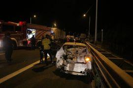 TEM'deki feci kazada hurdaya dönen araçtan sağ kurtuldular
