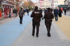 Bolu'nun en işlek caddesine 2 bin kişi sınırı getirildi