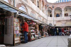 217 yıllık tarihi Yukarı Taşhan ticarete yön veriyor