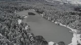 Doğa harikası göller buz tuttu