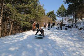 Narven Termal çalışanlarının kayak keyfi