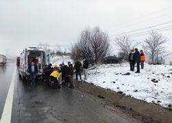 TEM'de trafik kazası: 3 yaralı