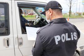 Bolu'da, tam kapanmanda kurallara uymayan 214 kişiye ceza kesildi
