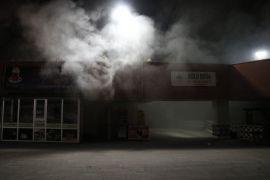 Bolu'da, kapalı çarşıda çıkan yangın büyümeden söndürüldü