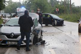 Bolu'da tabiat parkı yolunda kaza: 9 yaralı