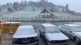 Bolu'ya Haziran ayında kar yağdı