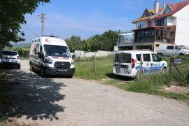 Komşular arası kavga kanlı bitti: 1 yaralı