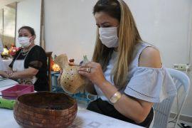 Su kabakları kadınların hünerli ellerinde sanat eserine dönüşüyor