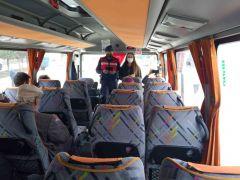 Jandarma sürücüleri denetlemek için minibüste yolcu gibi davrandı